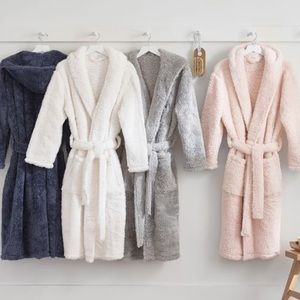 LAST ONE ✨Softest Luxury Sherpa Pink Bath Robe